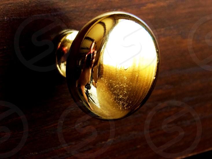 gold door knob photo