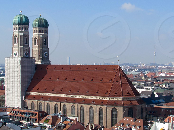 Church cathedral architecture  big city  photo