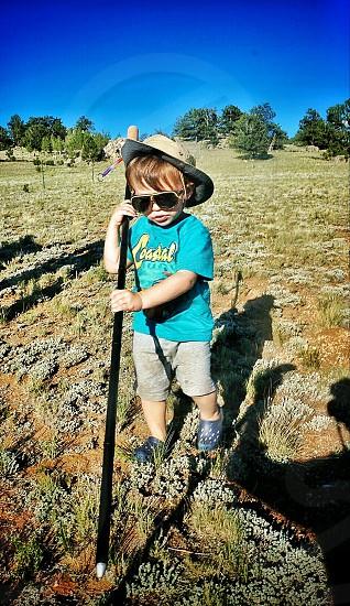 Kid hiking   photo