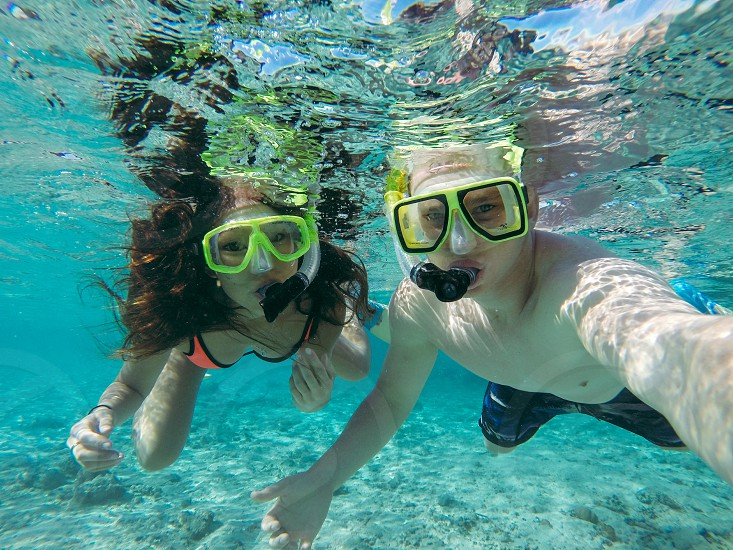 Snorkelling in Fiji photo
