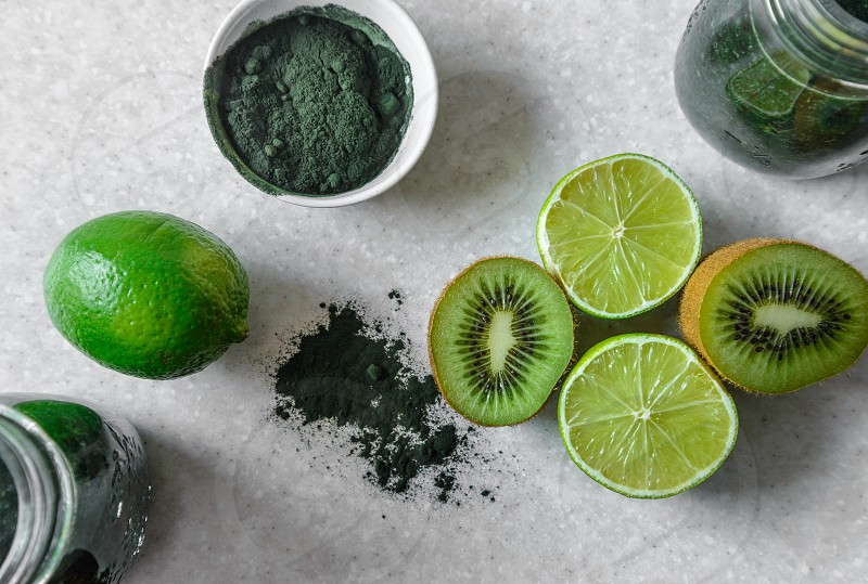 Ingredients for spirulina kiwi and lime smoothie photo
