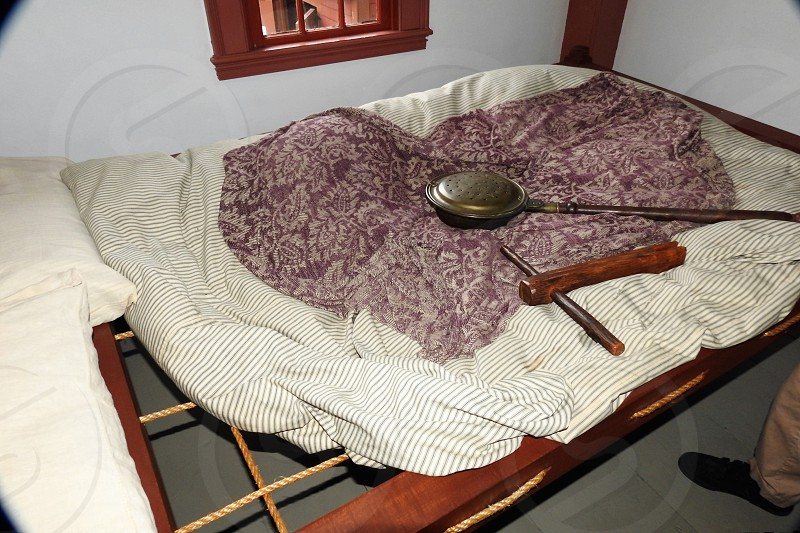 Vintage Bed with tightener and warmer         photo
