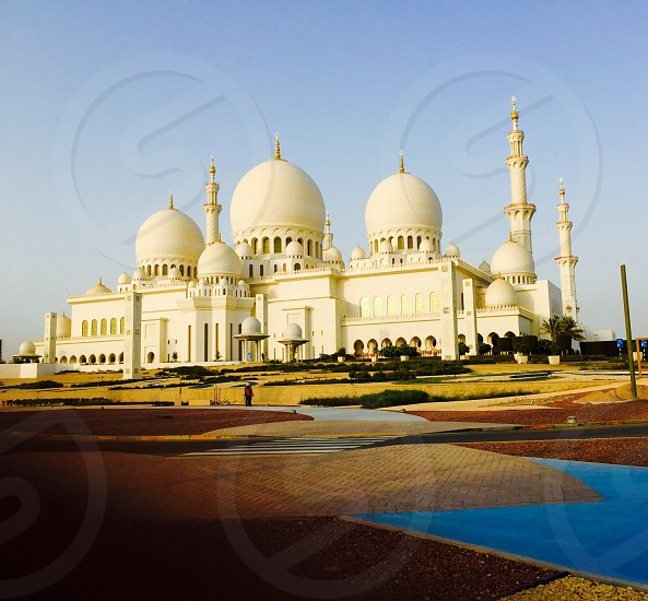 Sheikh Zayed grand mosque Abu Dhabi UAE nobodyoutdoorsoutsidedaylightdaytimereligious place place of worshipno peoplecolour image travel and tourism  traveltravel destinationtouristtourismvacationtravel desytravel agenttravel agencysightseeingpopular destinationarchitecturearchitecture and designdomepillarsgrand mosquewhite mosque photo