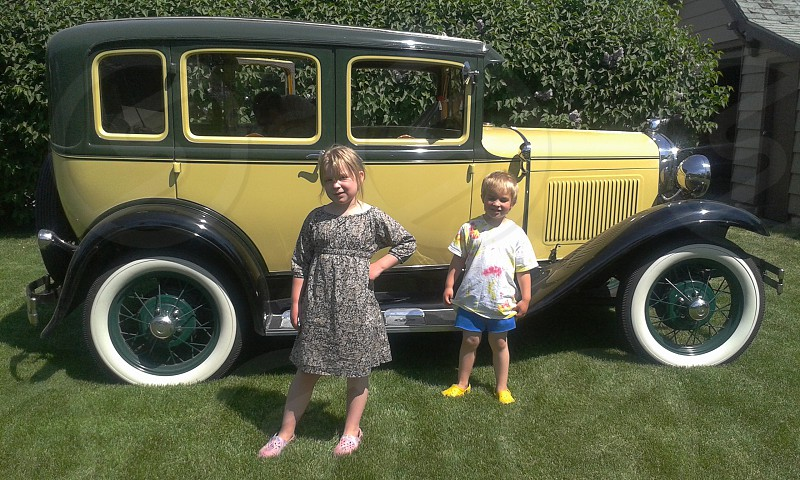 Model A 1930 Sedan Ford kids photo