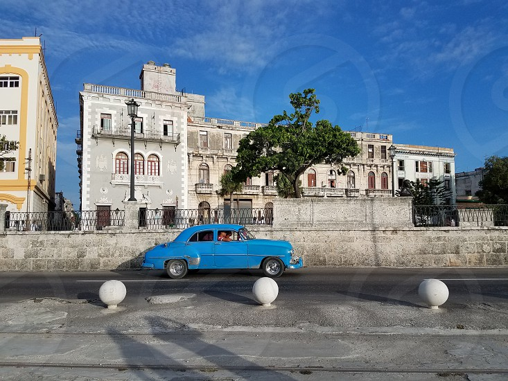 cuba old car photo