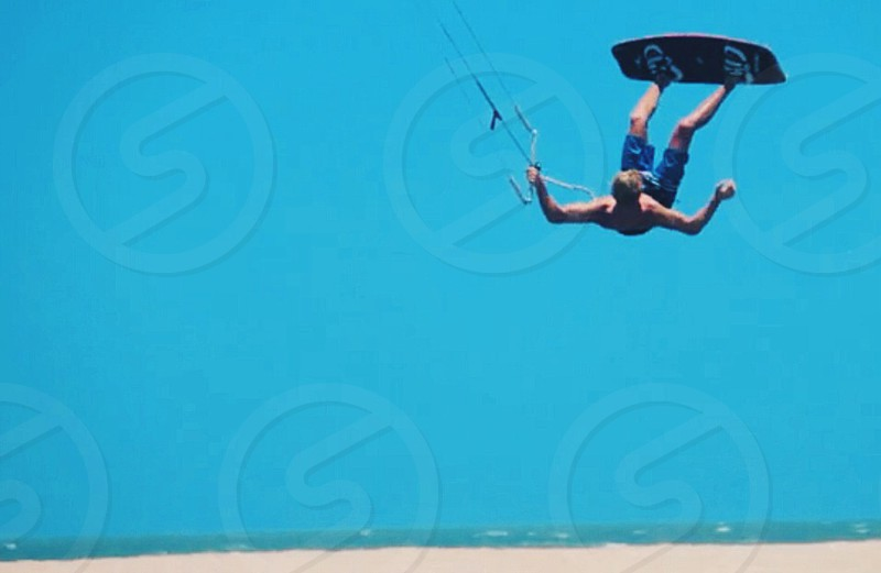 kite surf jump photo