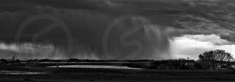 storm rain orage pluie black white noir blanc paysage landscape photo