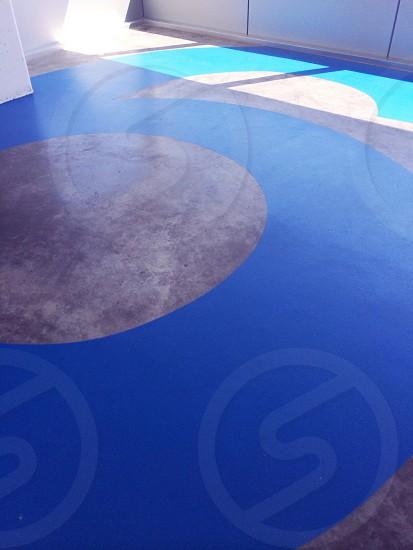 blue and gray concrete floor photo