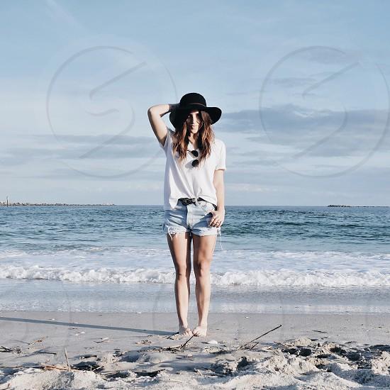 womens white splendid tshirt photo