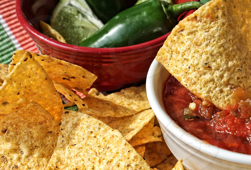 Tortilla chips & Salsa photo
