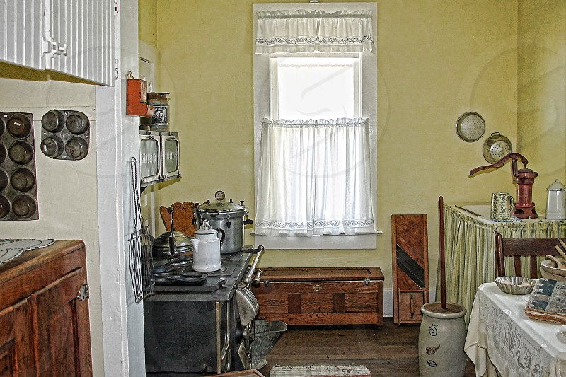 Old-fashioned country kitchen photo