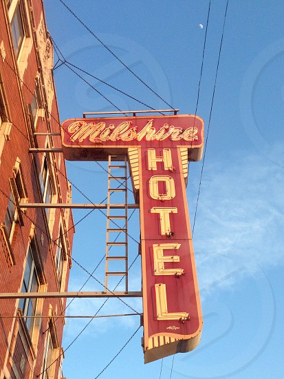 milshire hotel sign photo