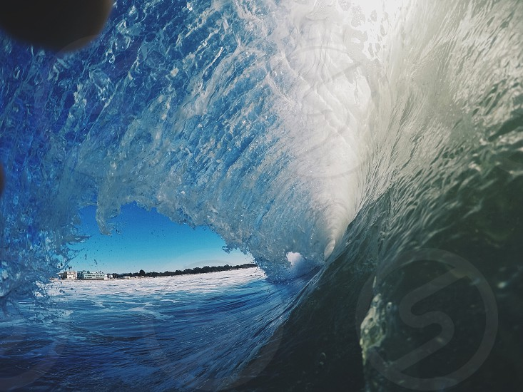 photo of a wave photo