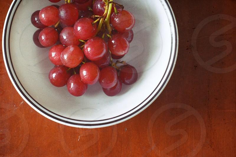 Crisp grapes photo