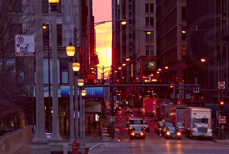 evening trafic in Chicago photo