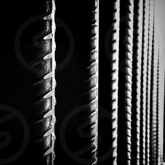 black metallic cable photo