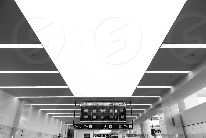 Picture of the 75 gate of international airport of México city photo