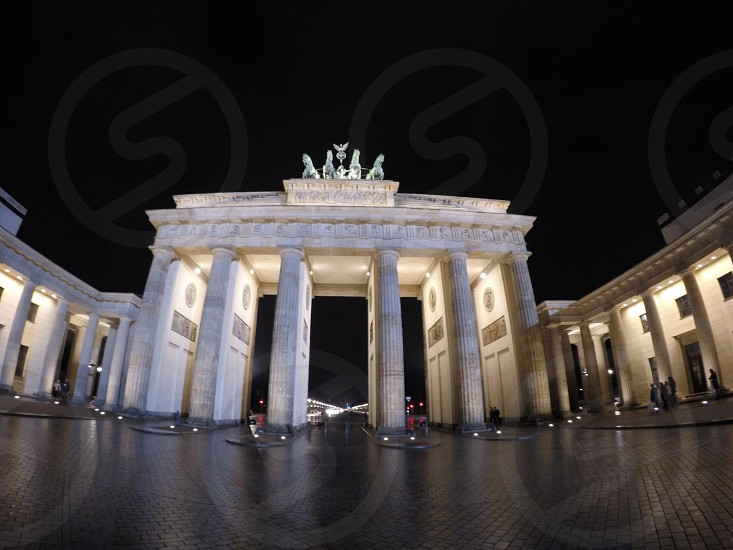 Berlin Brandenburger tor photo
