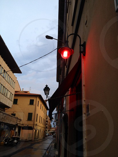 alleyway red wall light photo