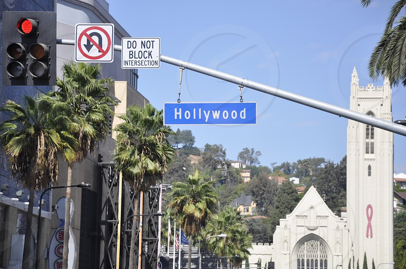 hollywood street sign during daytime photo