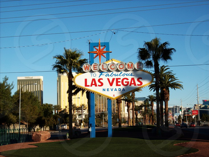 welcome las vegas sign photo