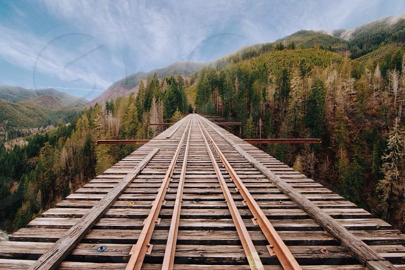 brown rail road photo