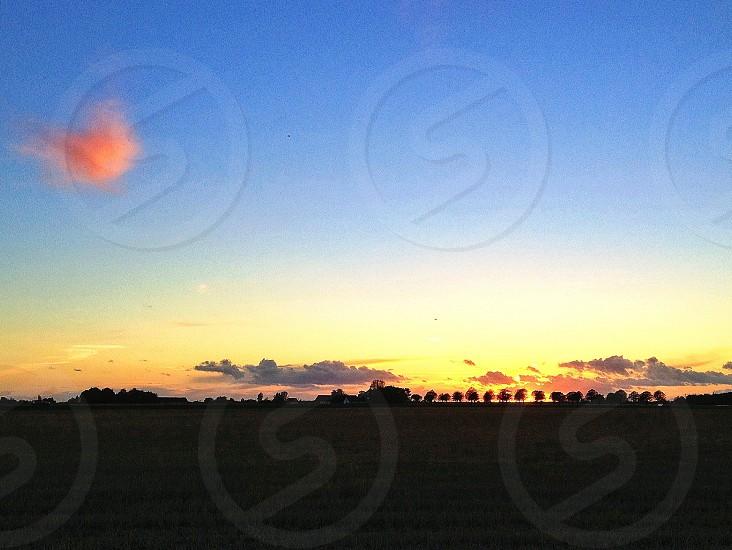 sun setting down photo photo