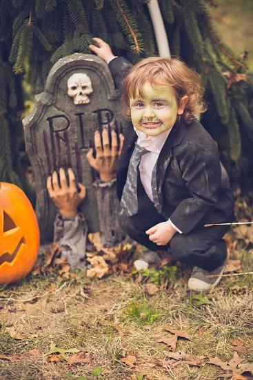 Hocus Pocus costumes zombie halloween  photo