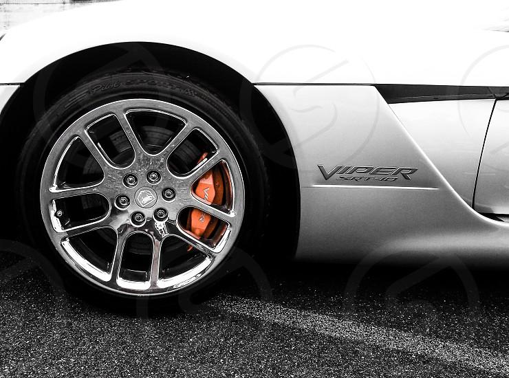silver viper srt-10 with chrome wheel photo