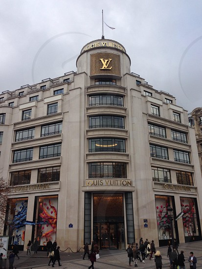 Louis Vuitton Paris. photo