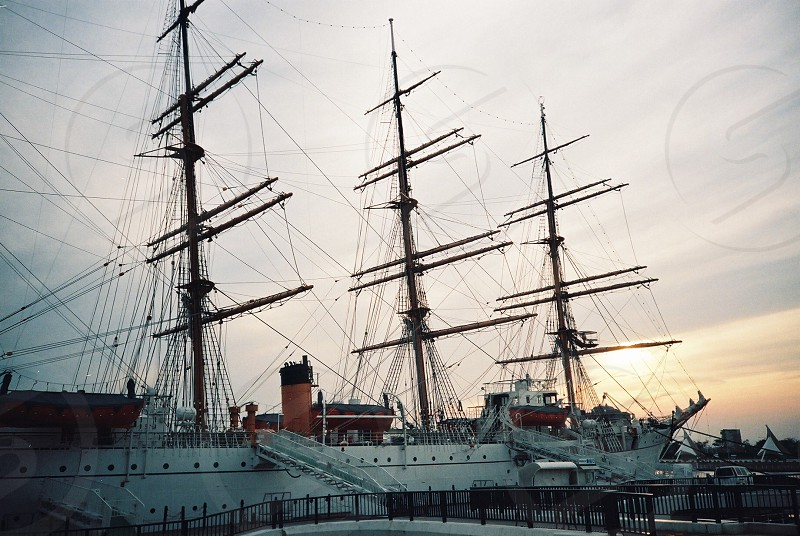 sail oship photo
