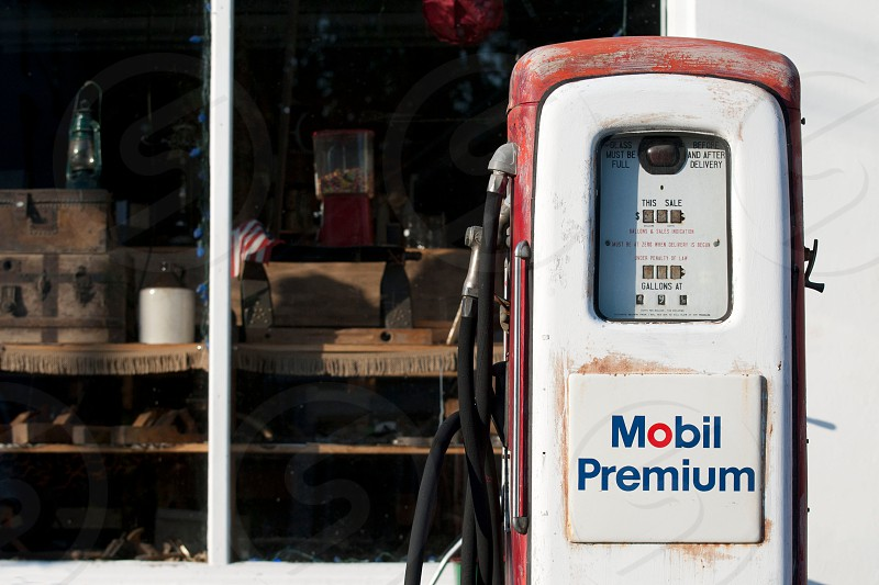 mobil premium gas refilling machine photo