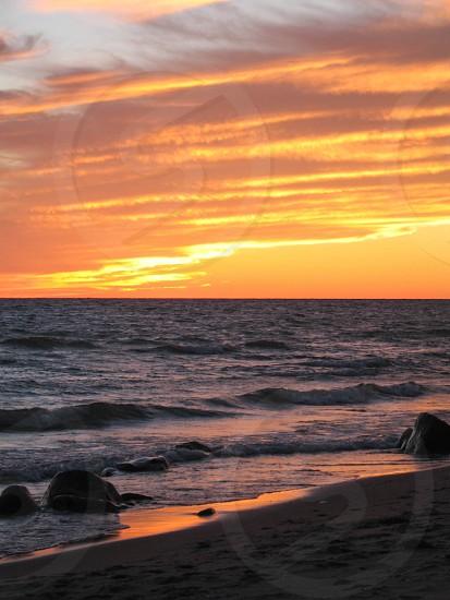 sun reflection on the horizon photo
