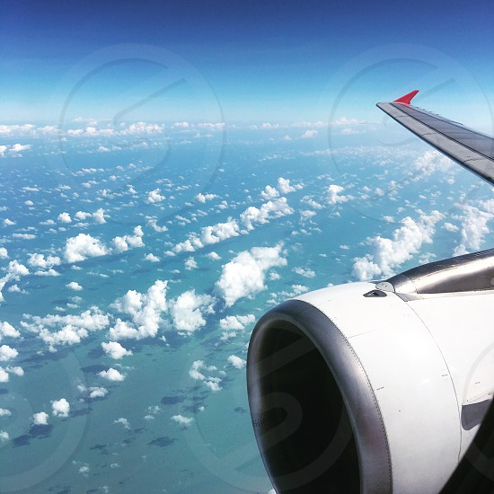 Skiesplanesseaclouds photo