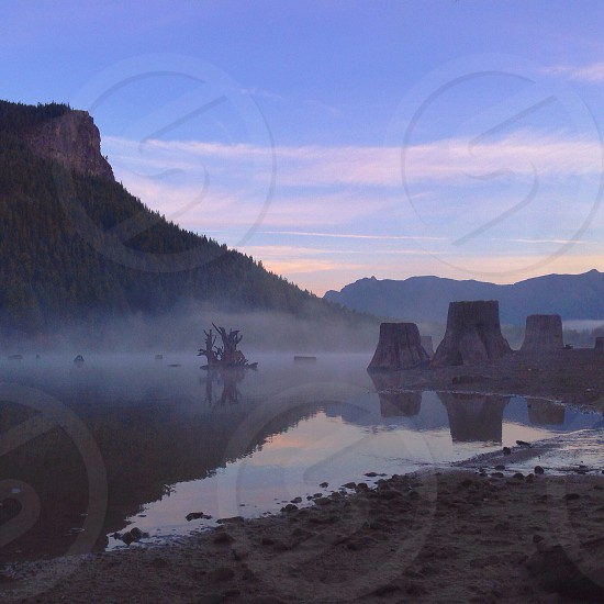 river view photo