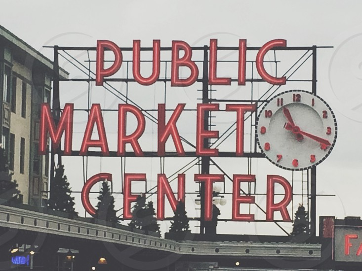 Seattle pikes public market sign photo