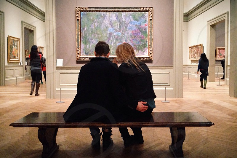 Couple in museum photo