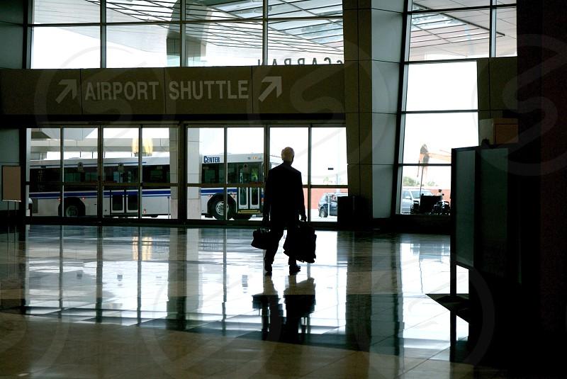 airport traveler photo