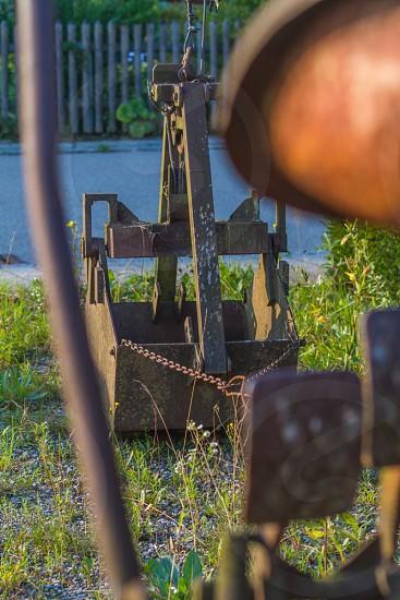 brown steel machine photo
