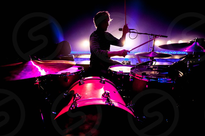 brown drum set photo