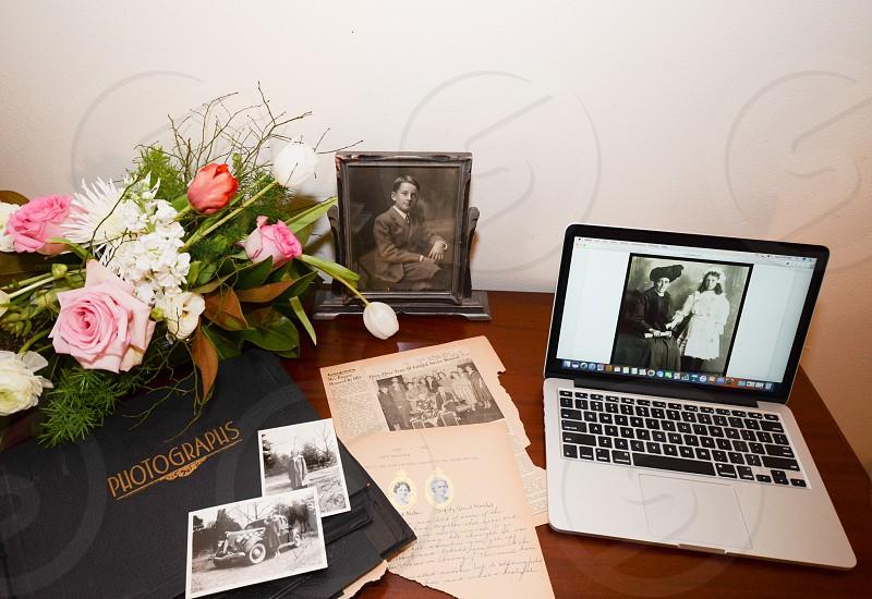 Historian photographs memoir flowers  photo