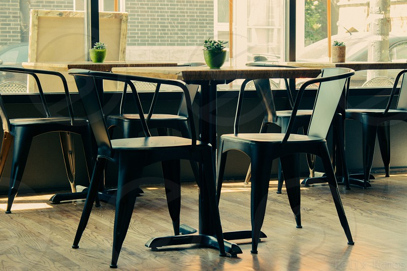 Open tables at La Strada Cafe Bar in Chicago IL photo