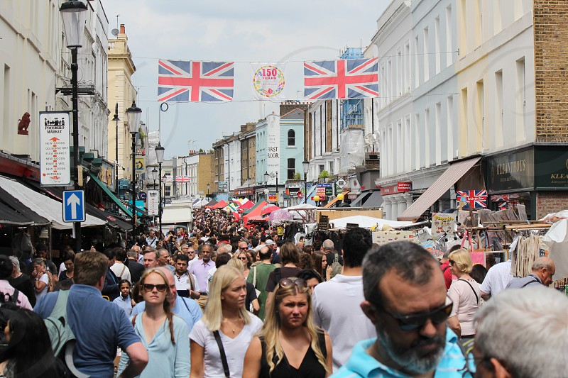 Shopping in Portobello's London photo