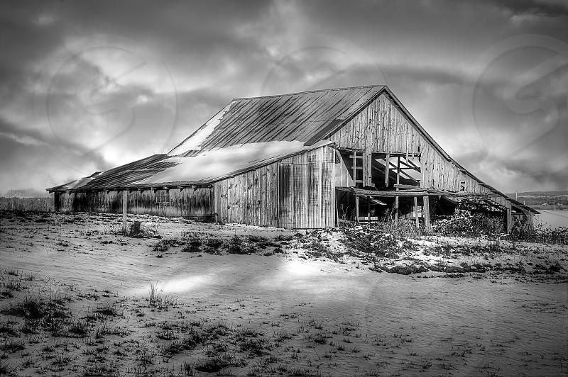 Barns Snow photo