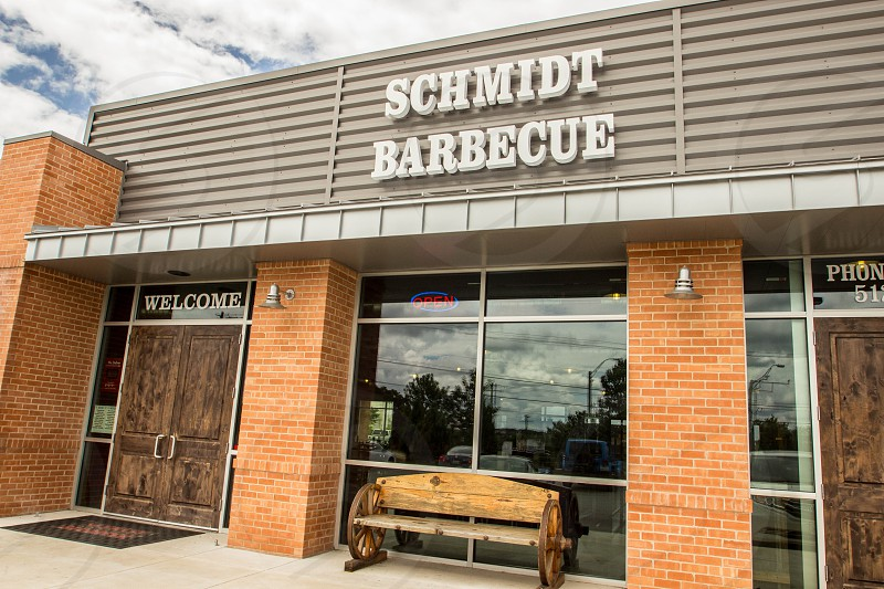 front view of schmidt barbecue store during daytime photo