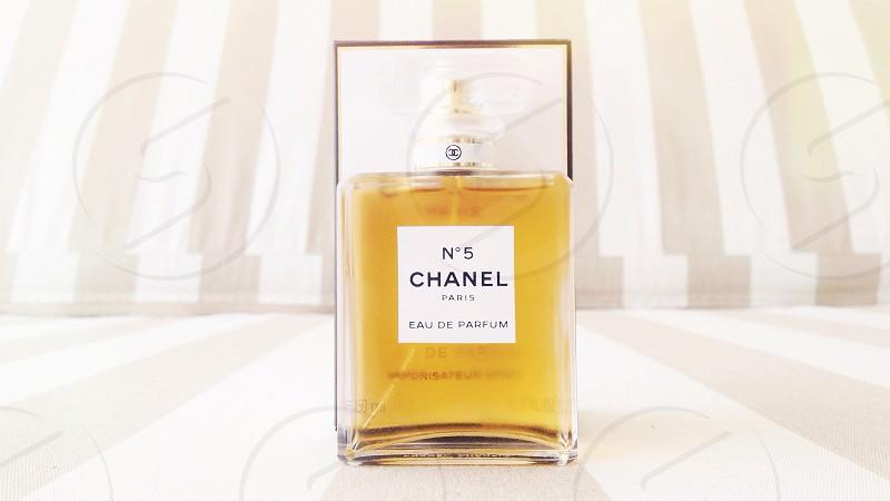 Chanel No5 photo