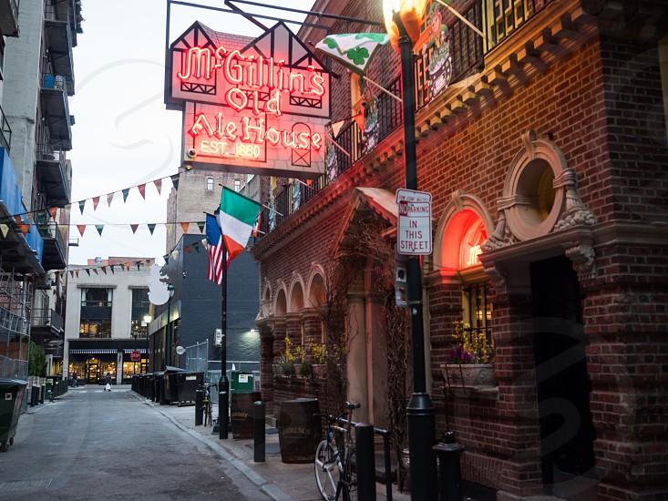 The oldest bar in Philadelphia photo