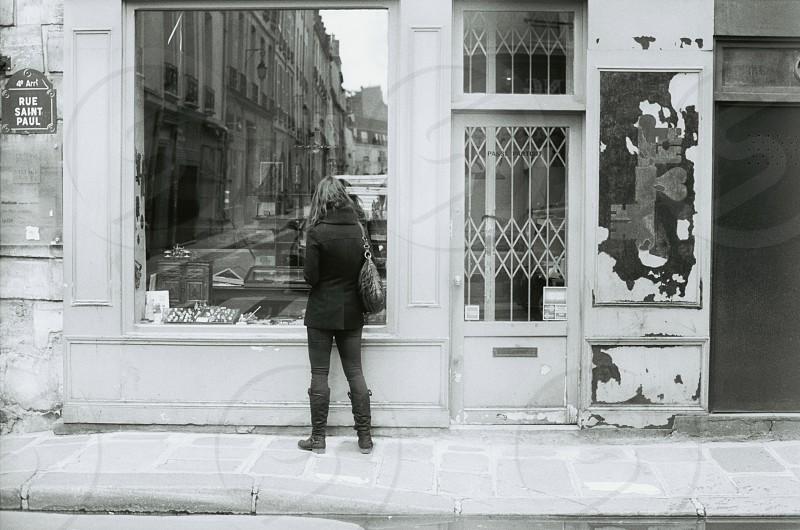 Run Down Storefront :: Rue Saint Paul Paris photo