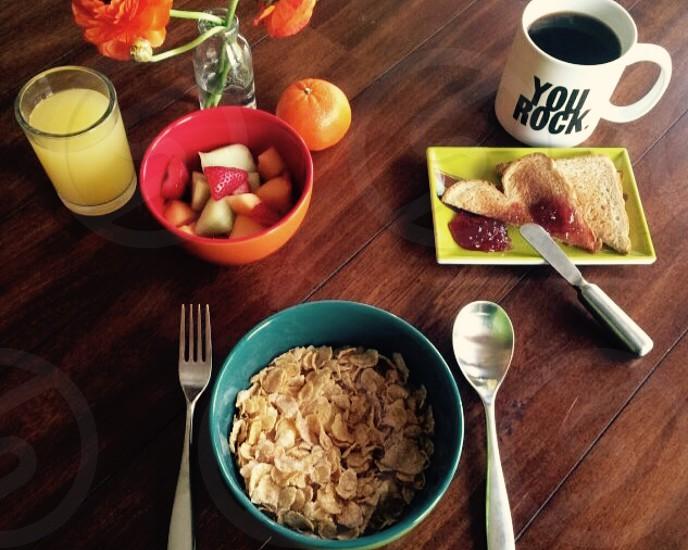 Breakfast meal cereal coffee juice morning food fruit nutrition  photo