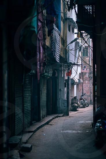 The narrow streets of India photo